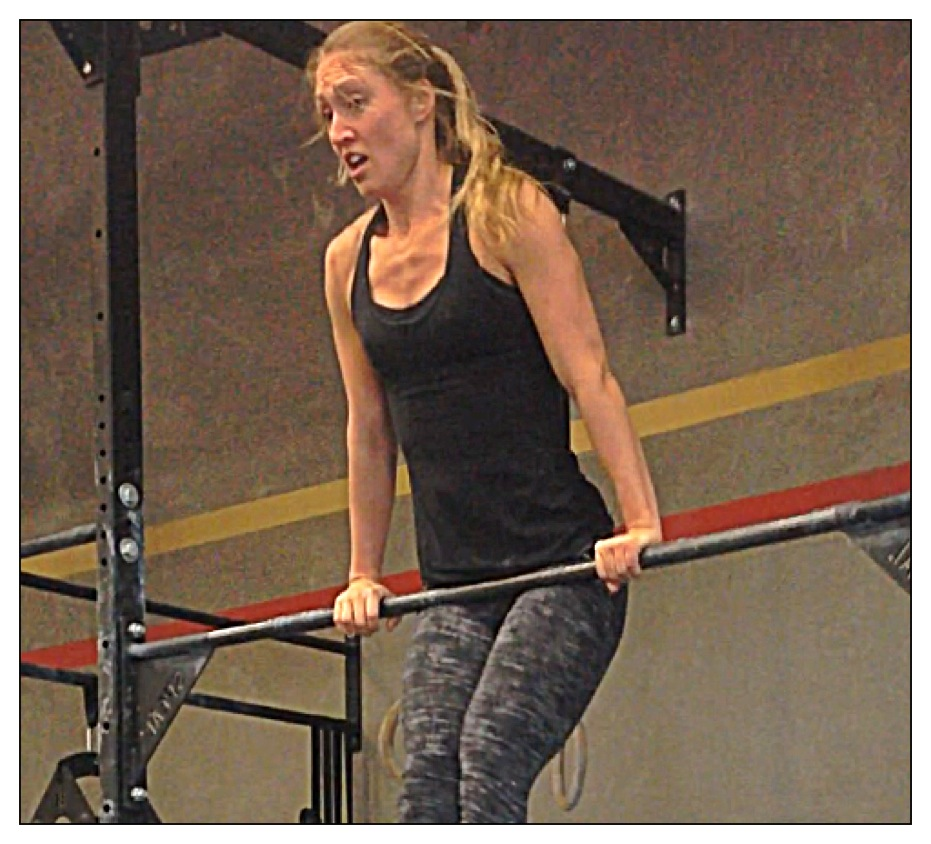 Kate gets her first bar muscle up